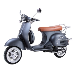 Scooter simile alla Vespa